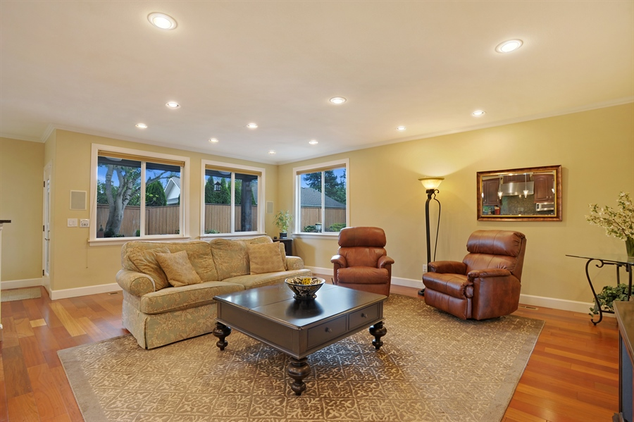 Real Estate Photography - 4470 142nd Ave SE, Bellevue, WA, 98006 - Family Room