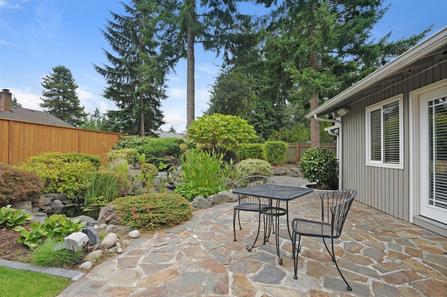 Real Estate Photography - 4470 142nd Ave SE, Bellevue, WA, 98006 - Patio