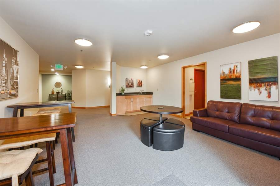 Real Estate Photography - 827 Hiawatha Pl S, 214, Seattle, WA, 98144 - Community Area