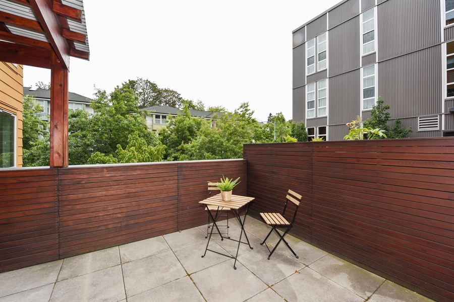 Real Estate Photography - 827 Hiawatha Pl S, 214, Seattle, WA, 98144 - Deck