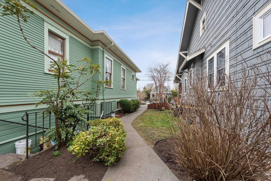 Real Estate Photography - 2602 9th Ave W, Seattle, WA, 98119 - Side View