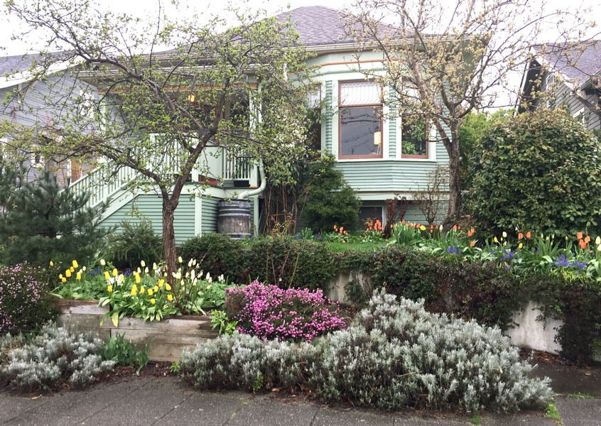 Real Estate Photography - 2602 9th Ave W, Seattle, WA, 98119 -