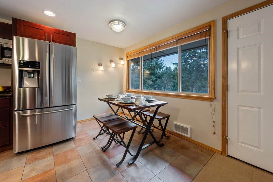 Real Estate Photography - 3834 175th Avenue Northeast #A-301, Redmond, WA, 98052 - Dining Area