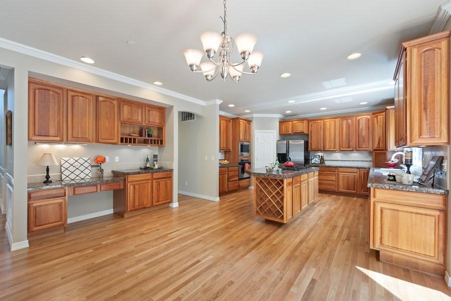 Real Estate Photography - 13804 64th Pl NE, Kirkland, WA, 98034 - Kitchen / Breakfast Room