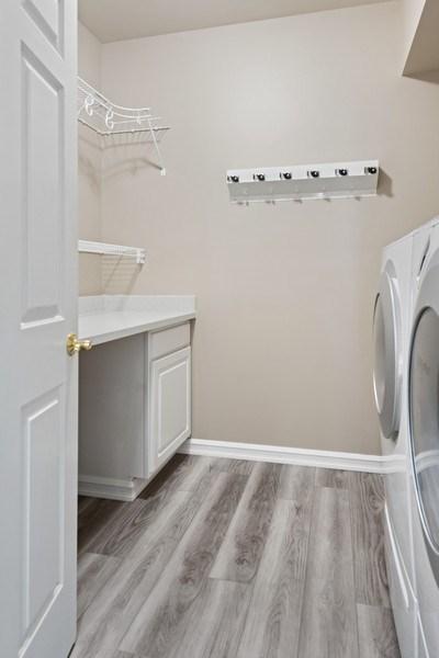 Real Estate Photography - 13804 64th Pl NE, Kirkland, WA, 98034 - Laundry Room