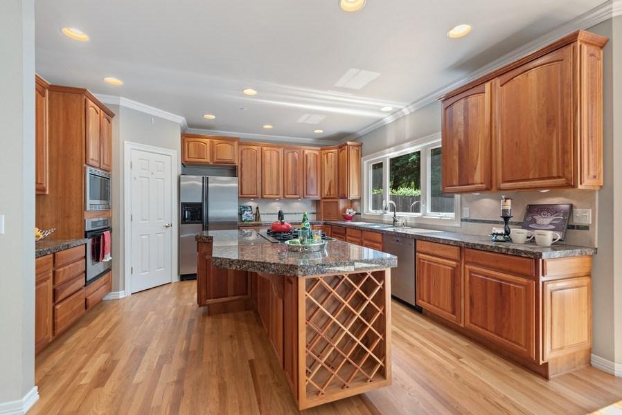 Real Estate Photography - 13804 64th Pl NE, Kirkland, WA, 98034 - Kitchen