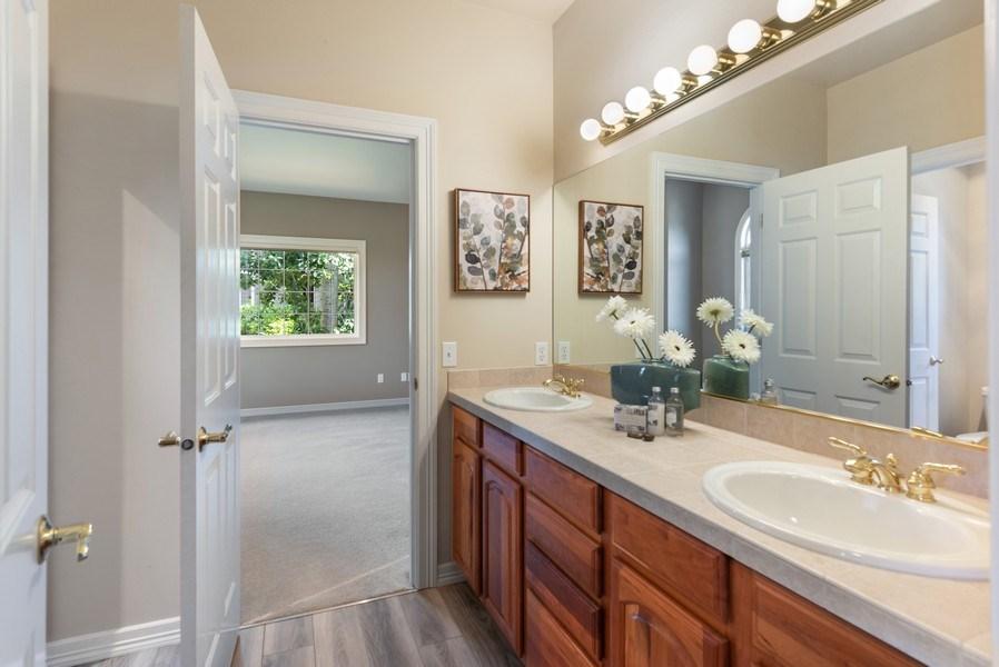 Real Estate Photography - 13804 64th Pl NE, Kirkland, WA, 98034 - Upstairs Jack/Jill Full Bath