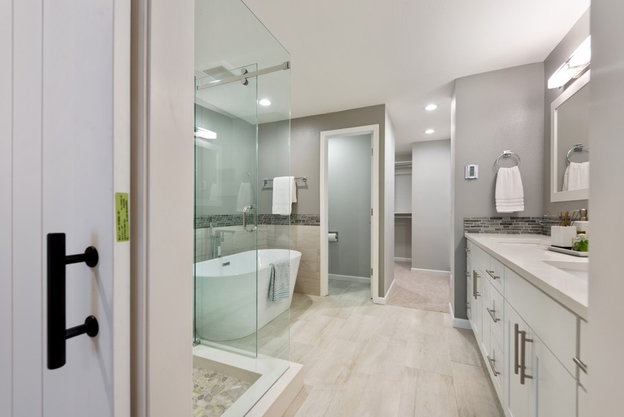 Real Estate Photography - 9628 NE 200th St, Bothell, WA, 98011 - Master Bathroom