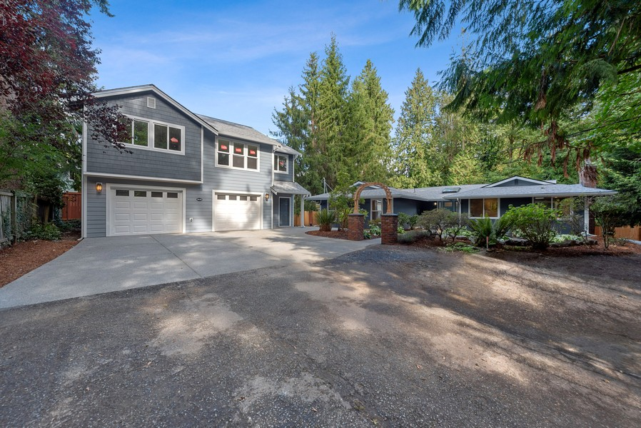 Real Estate Photography - 9628 NE 200th St, Bothell, WA, 98011 - Front View