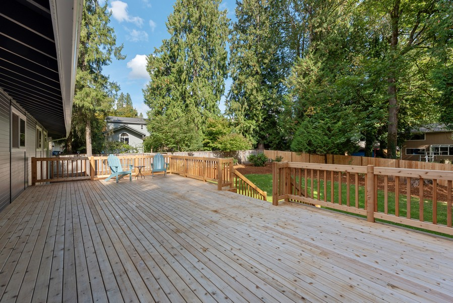 Real Estate Photography - 9628 NE 200th St, Bothell, WA, 98011 - Deck