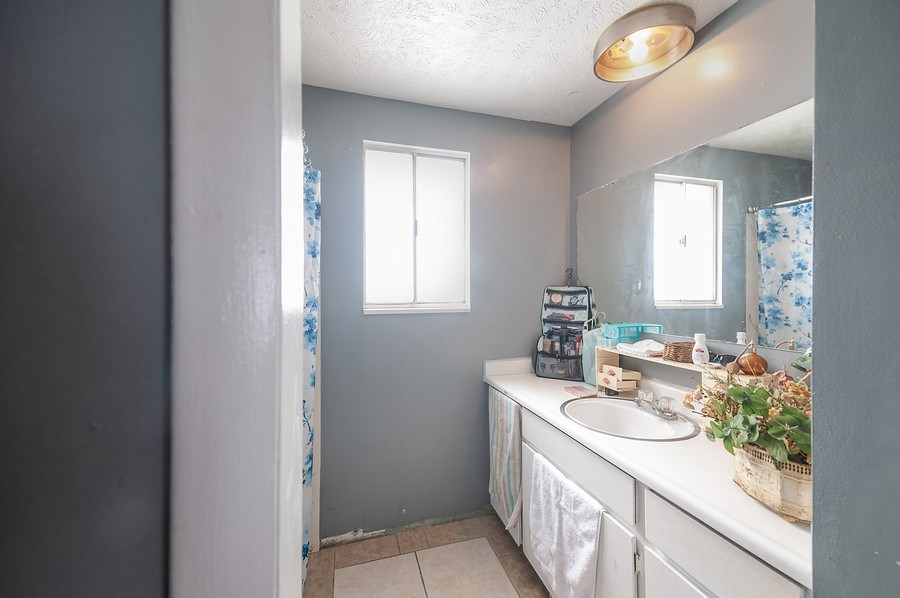 Real Estate Photography - 428 E 700 N, Roosevelt, UT, 84066 - Bathroom