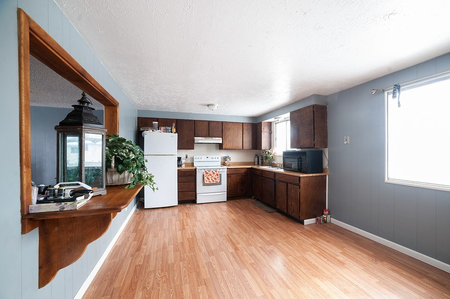 Real Estate Photography - 428 E 700 N, Roosevelt, UT, 84066 - Kitchen/Dining
