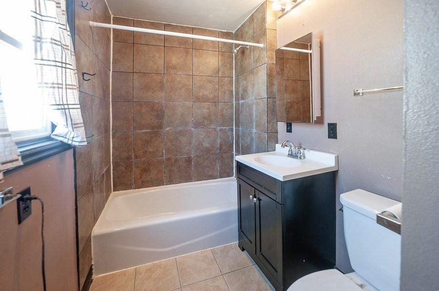 Real Estate Photography - 91 E Lagoon St, Roosevelt, UT, 84066 - Master Bathroom