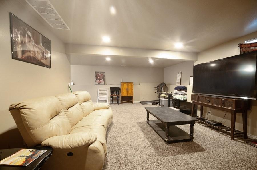 Real Estate Photography - 470 E South Poco Dr, Roosevelt, UT, 84066 - Living Room