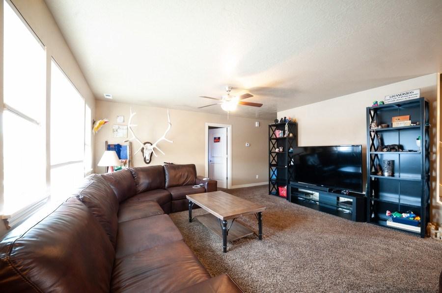 Real Estate Photography - 470 E South Poco Dr, Roosevelt, UT, 84066 - Family Room
