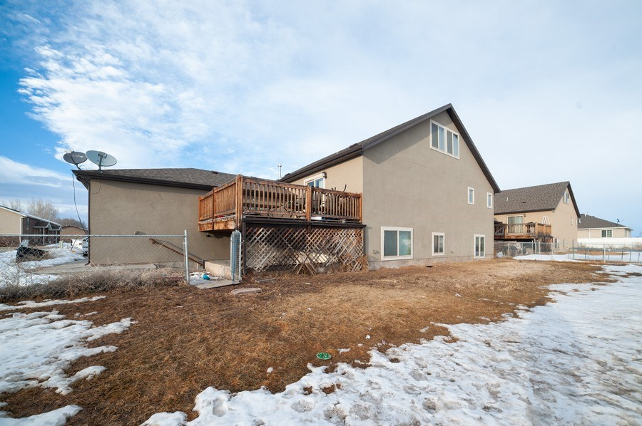 Real Estate Photography - 470 E South Poco Dr, Roosevelt, UT, 84066 - Rear View