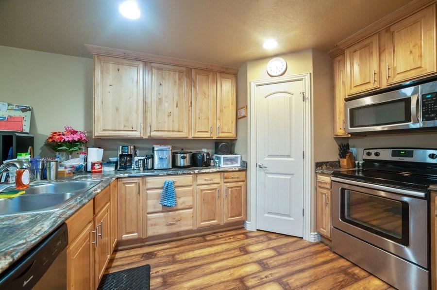 Real Estate Photography - 480 E South Poco Dr, Roosevelt, UT, 84066 - Kitchen
