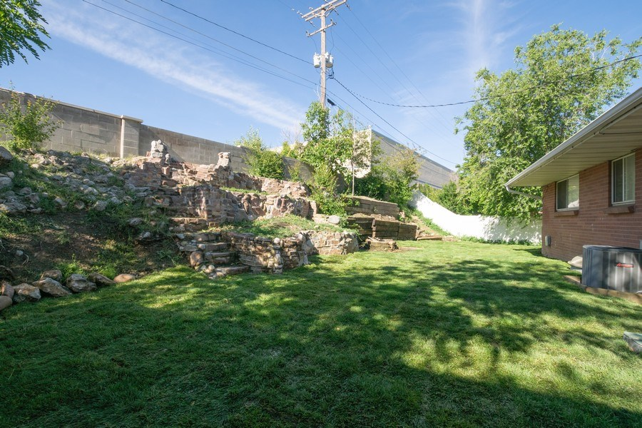 Real Estate Photography - 229 West 800 South, Bountiful, UT, 84010 - Back Yard