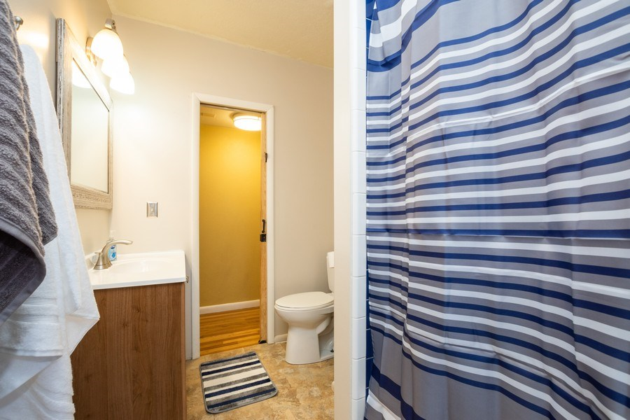 Real Estate Photography - 229 West 800 South, Bountiful, UT, 84010 - Bathroom