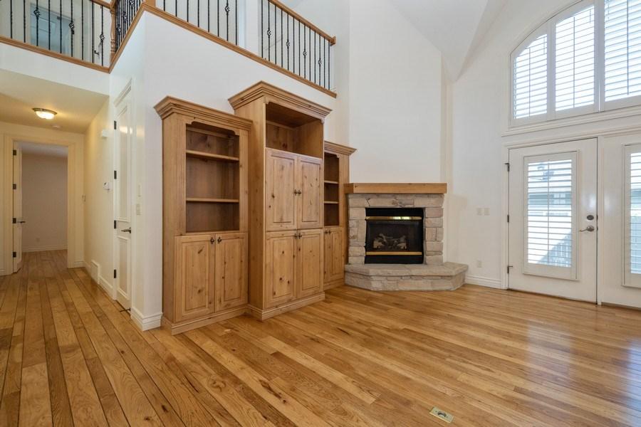 Real Estate Photography - 1826 E Cottonwood Glen Ct, Holladay, UT, 84117 - Living Room