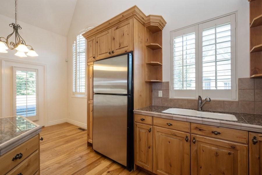 Real Estate Photography - 1826 E Cottonwood Glen Ct, Holladay, UT, 84117 - Kitchen