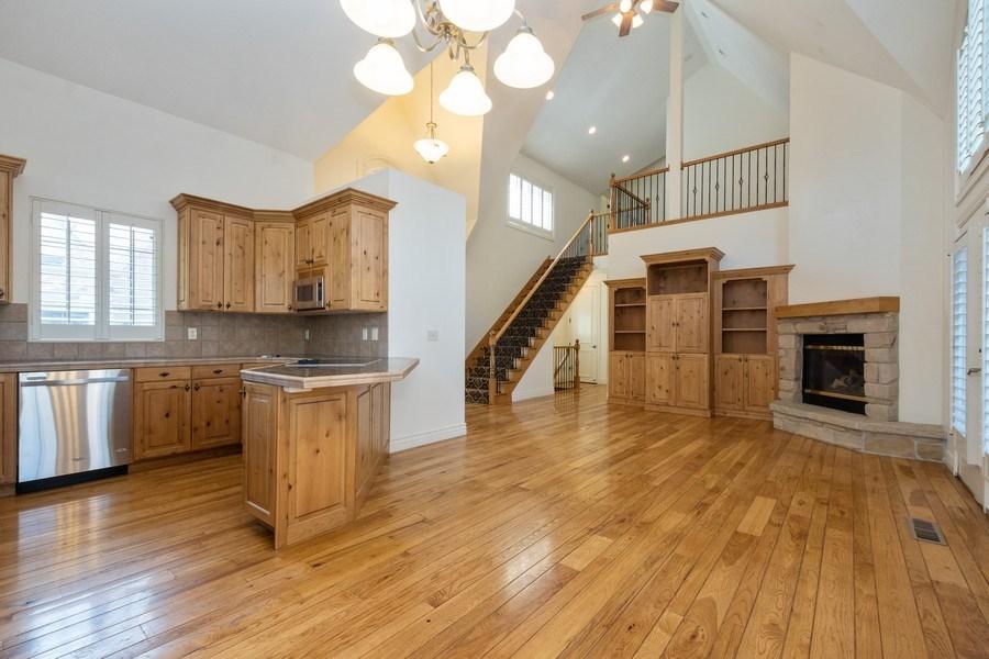 Real Estate Photography - 1826 E Cottonwood Glen Ct, Holladay, UT, 84117 - Kitchen / Living Room