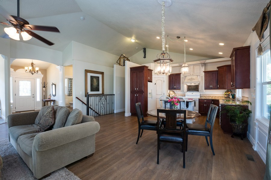 Real Estate Photography - 14956 S Cedar Falls Dr, Herriman, UT, 84096 - Kitchen/Dining