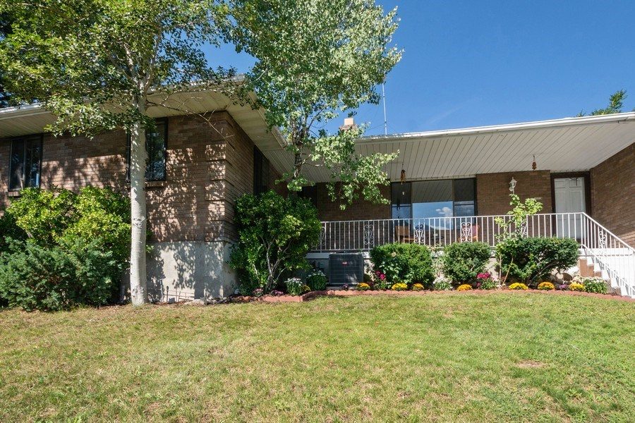 Real Estate Photography - 11778 S 1700 E, Sandy, UT, 84092 - Front View
