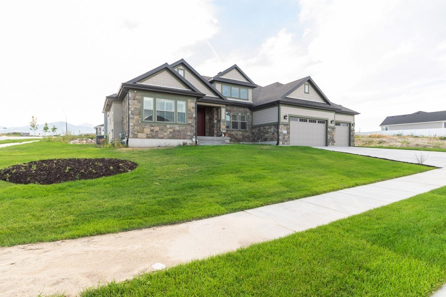 Real Estate Photography - 7392 S 5765 W, West Jordan, UT, 84081 - Front View