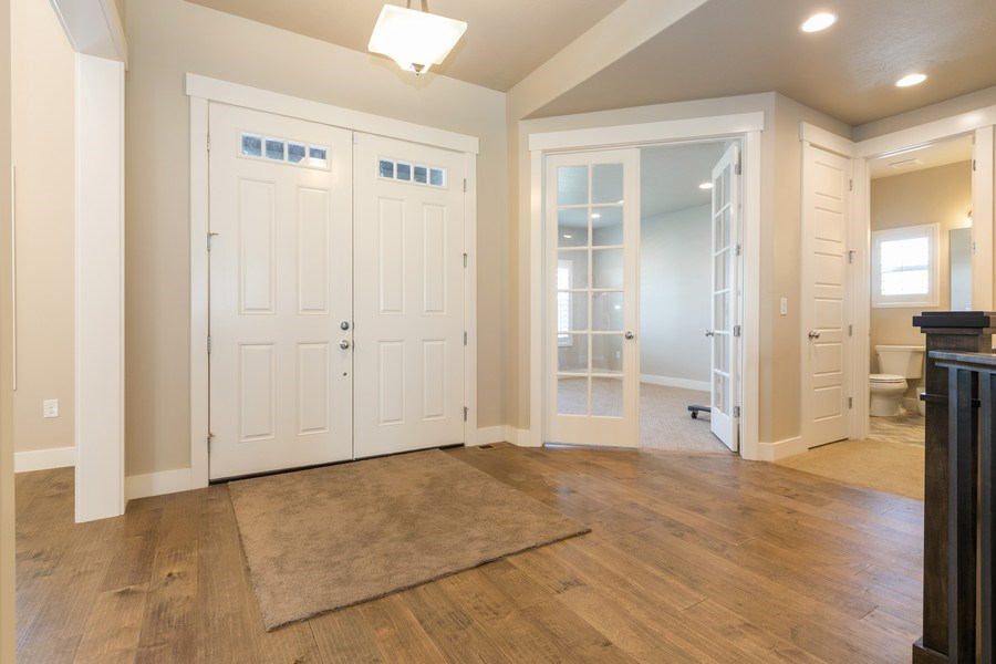 Real Estate Photography - 7392 S 5765 W, West Jordan, UT, 84081 - Entryway