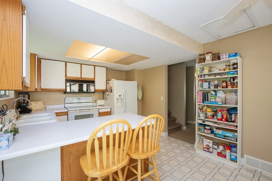 Real Estate Photography - 3250 w. 6735 S., West Jordan, UT, 84084 - Kitchen