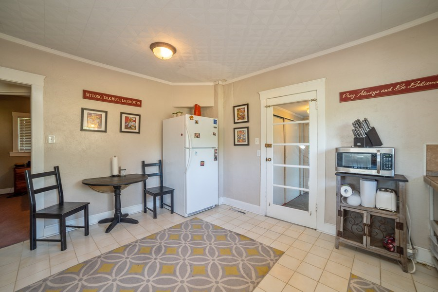 Real Estate Photography - 111 W. 3100 South, Bountiful, UT, 84010 - Kitchen