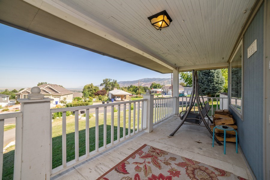 Real Estate Photography - 111 W. 3100 South, Bountiful, UT, 84010 - Porch