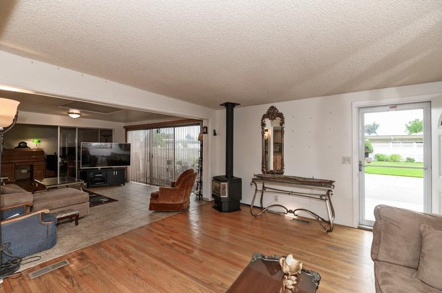 Real Estate Photography - 3616 S 860 E, Millcreek, UT, 84106 - Living Room
