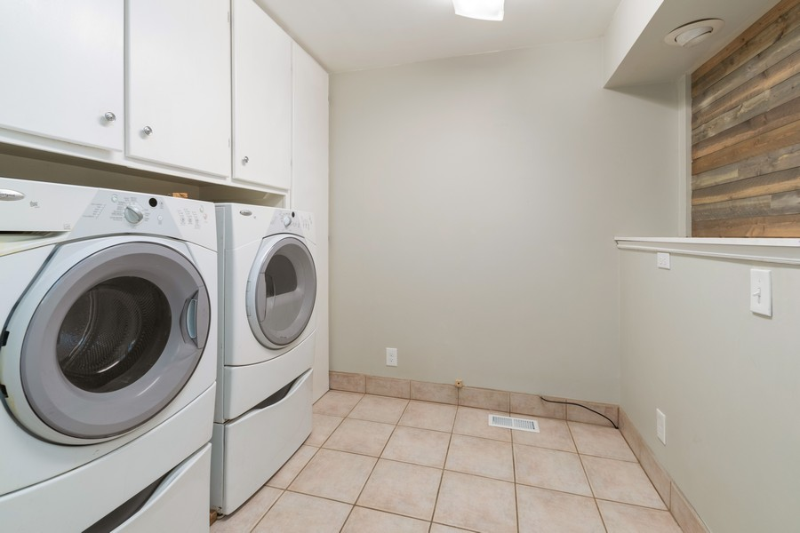 Real Estate Photography - 7661 Brighton Way, Cottonwood Heights, UT, 84121 - Laundry Room