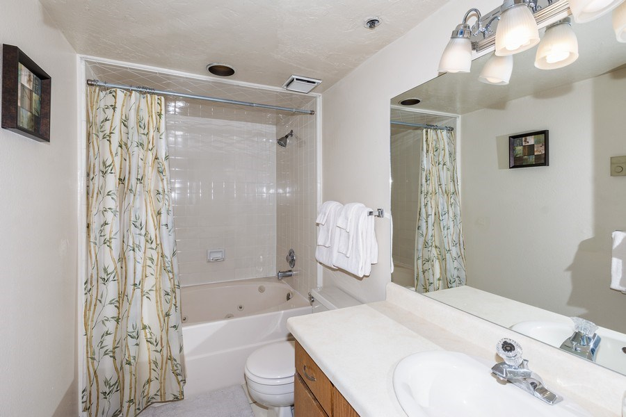 Real Estate Photography - 1487 Woodside Ave Unit B105, Park City, UT, 84060 - Bathroom