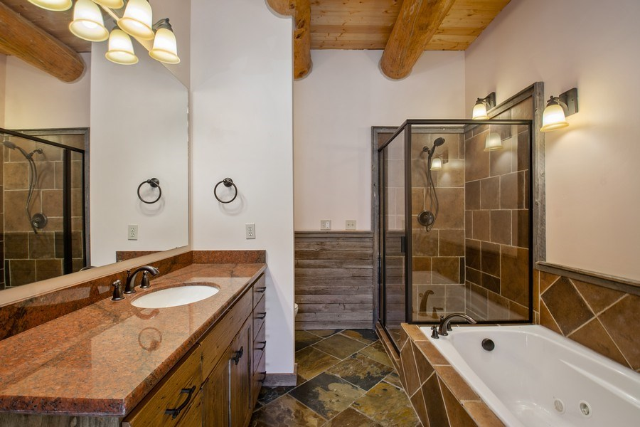 Real Estate Photography - 17015 S Summit Dr, Heber City, UT, 84032 - Bathroom