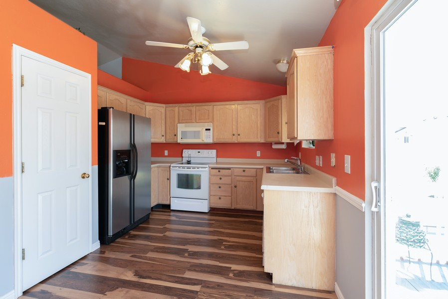 Real Estate Photography - 578 South 900 West, Tooele, UT, 84074 - Kitchen