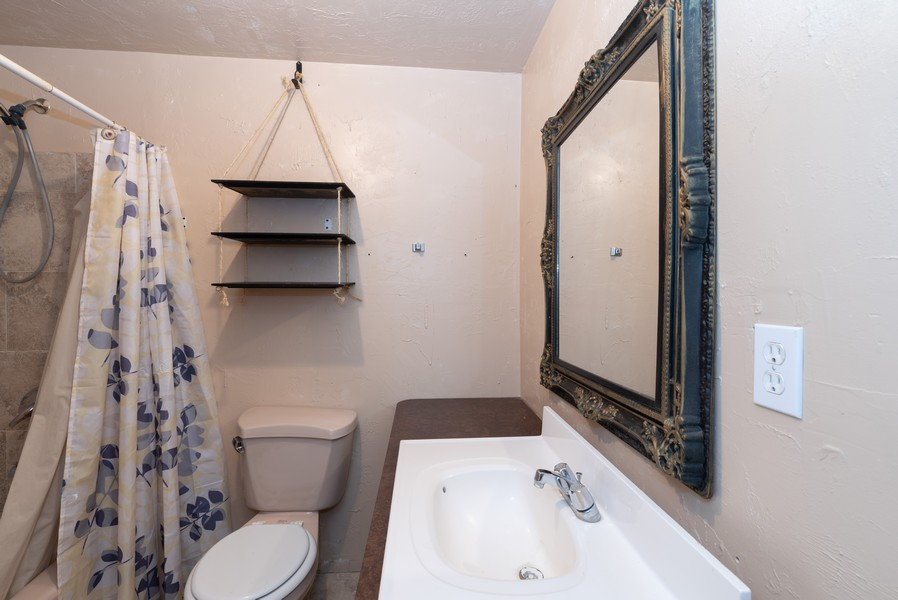 Real Estate Photography - 578 South 900 West, Tooele, UT, 84074 - Bathroom