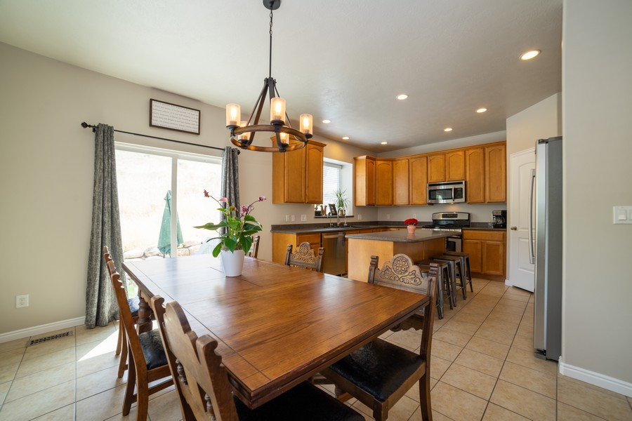 Real Estate Photography - 2922 E Lookout Dr, Eagle Mountain, UT, 84005 - Dining Area