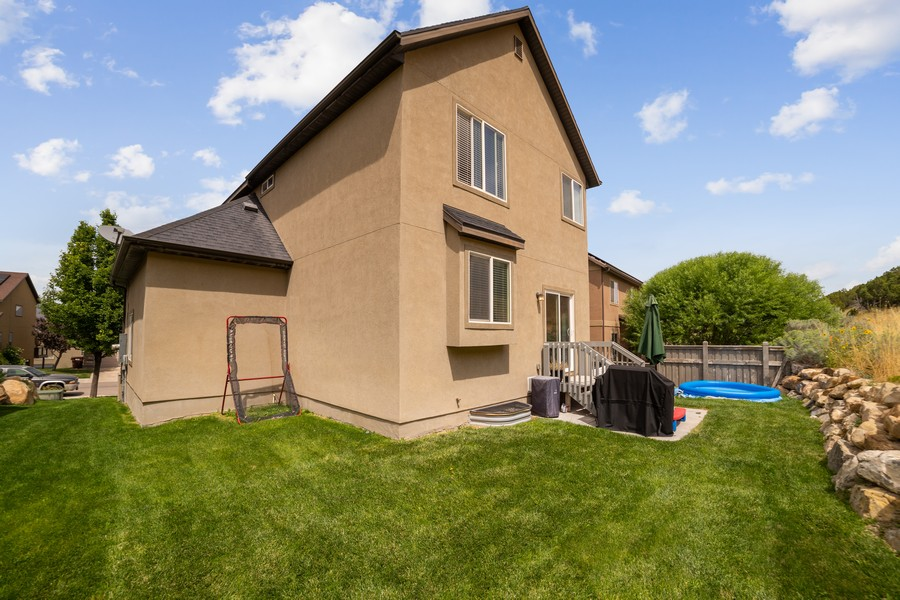 Real Estate Photography - 2922 E Lookout Dr, Eagle Mountain, UT, 84005 - Rear View