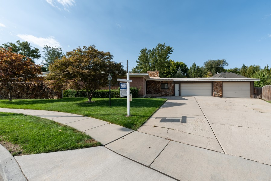 Real Estate Photography - 5718 S 625 E, Murray, UT, 84107 - Front View