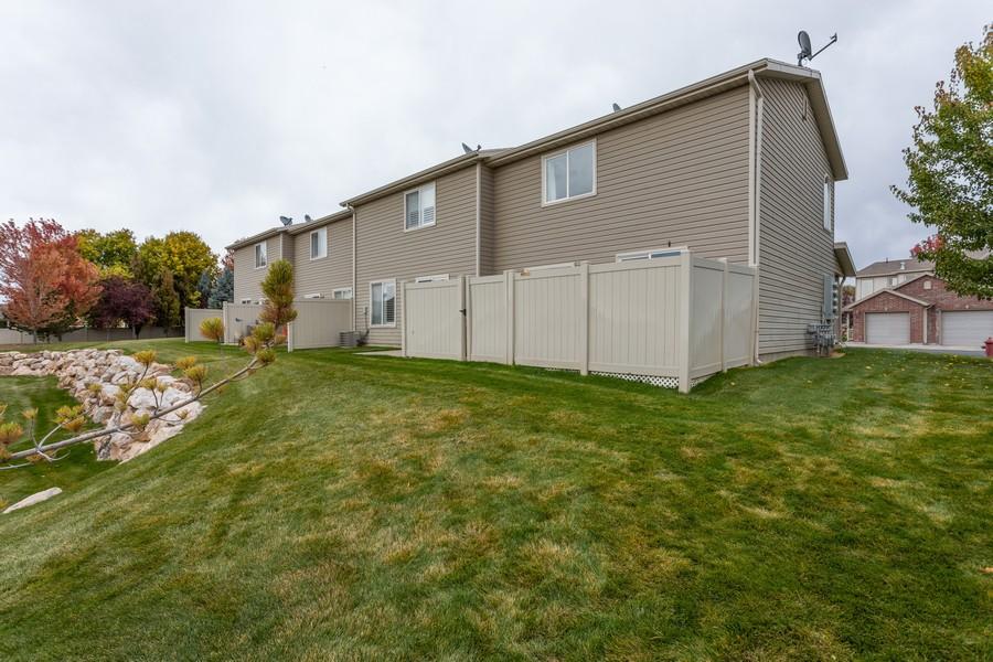 Real Estate Photography - 652 W 800 N #45, Clinton, UT, 84015 - Back Yard
