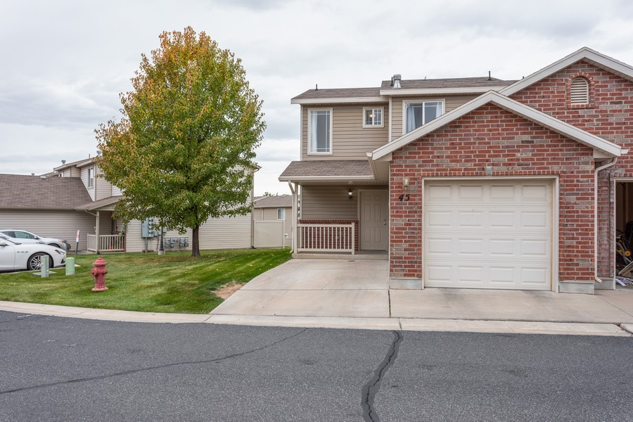 Real Estate Photography - 652 W 800 N #45, Clinton, UT, 84015 - Front View