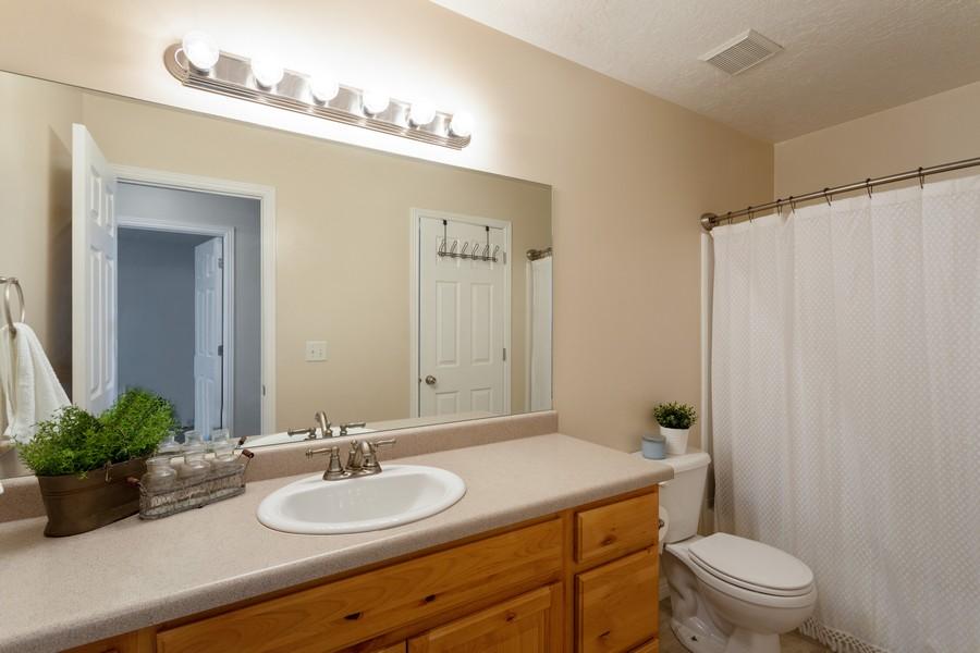 Real Estate Photography - 652 W 800 N #45, Clinton, UT, 84015 - Bathroom