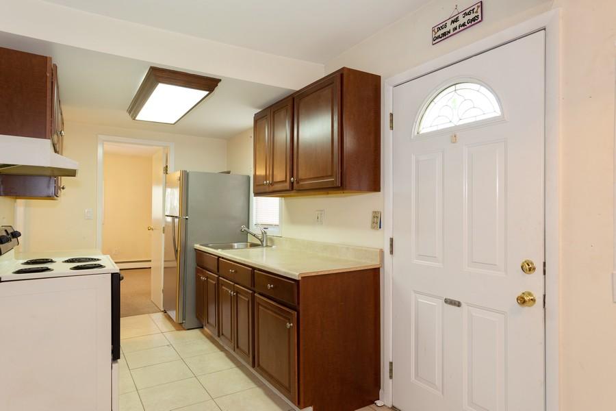 Real Estate Photography - 2 Croydon Ave, Ronkonkoma, NY, 11779 -